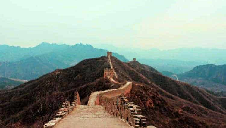 visiting the authentic great wall of china without the tourists