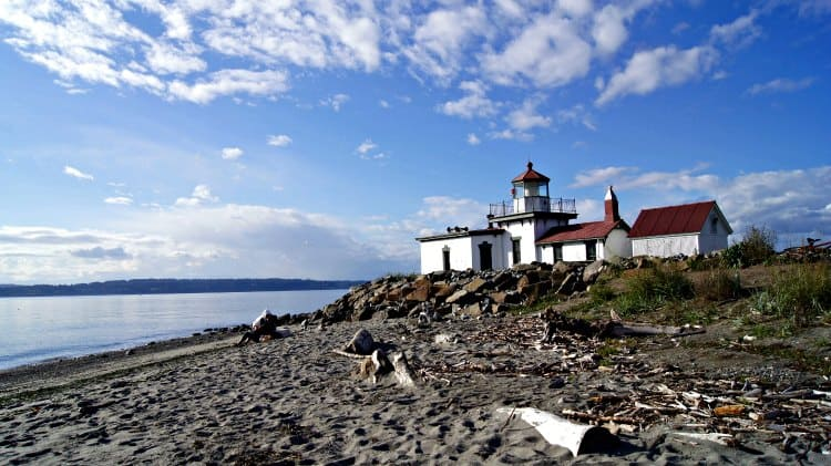 view of lighthouse in discovery park