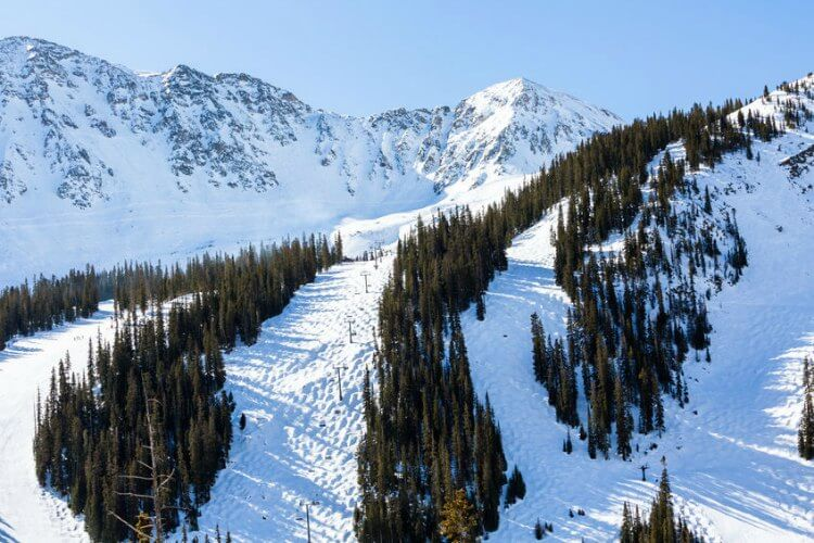 Cheap Ski Resorts in Colorado