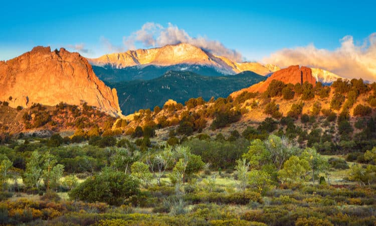 best hikes colorado springs families beginners