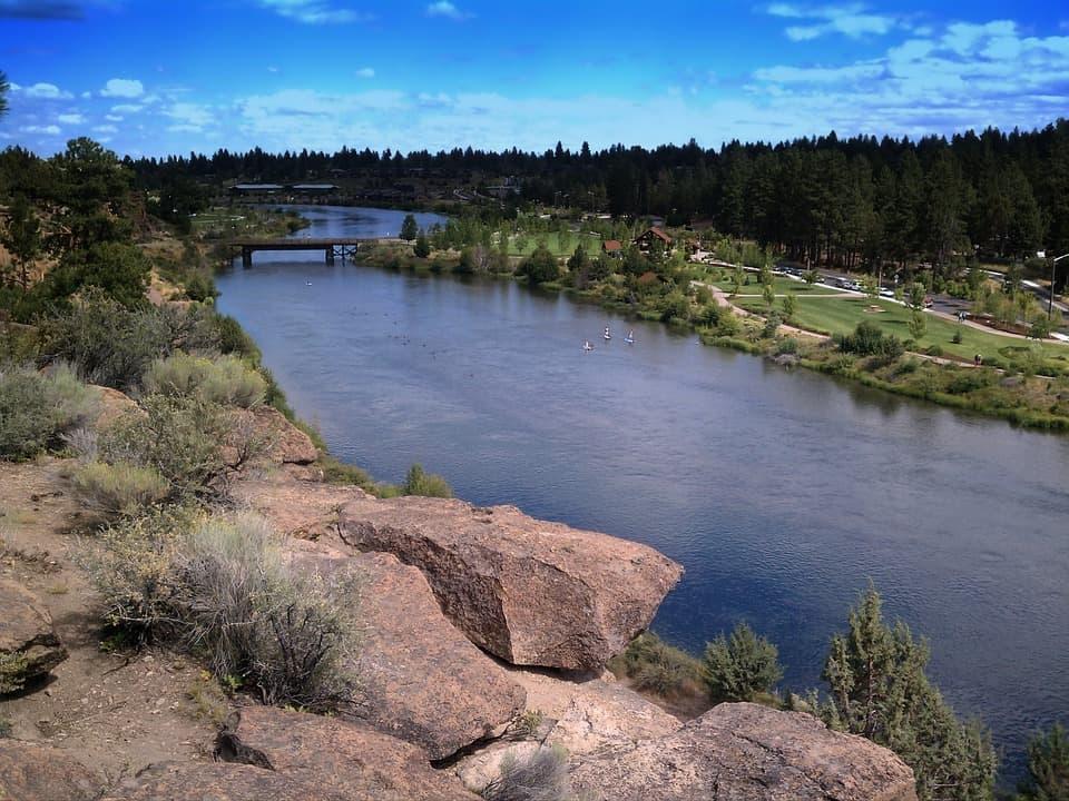 river trail hike near bend oregon
