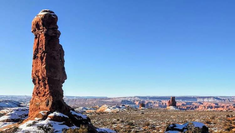 what is the best time of year to visit moab utah