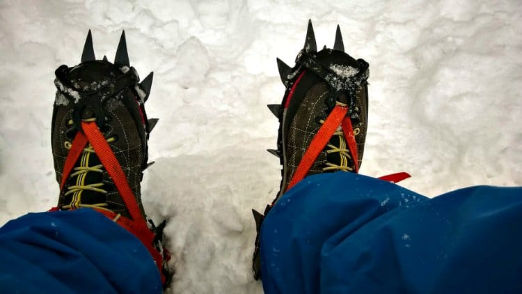 difference between hiking and mountaineering boots