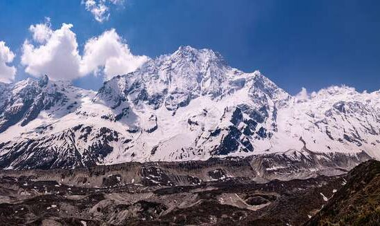 panorama of Manaslu