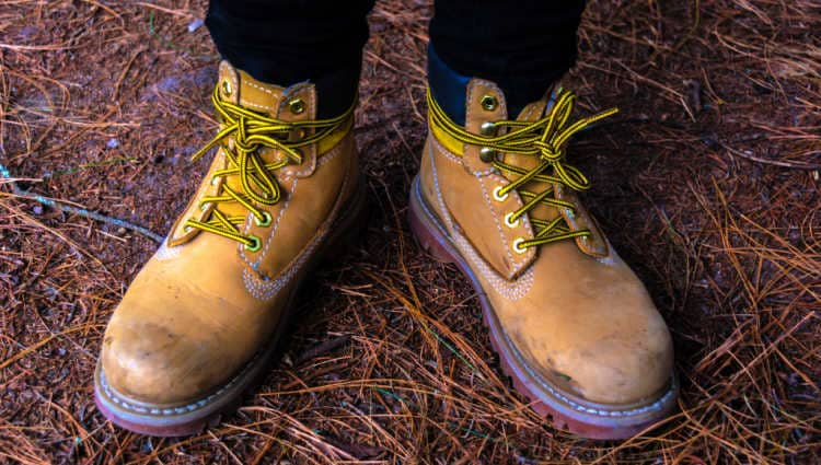 are caterpillar boots good for hiking