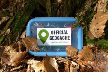 is geocaching still a thing