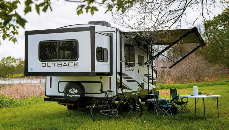 travel trailers with a rear slide out bed